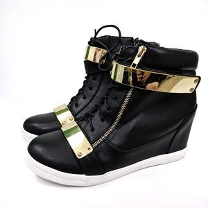 Torrid High Top Sneakers 10W, Black/Gold Metal New